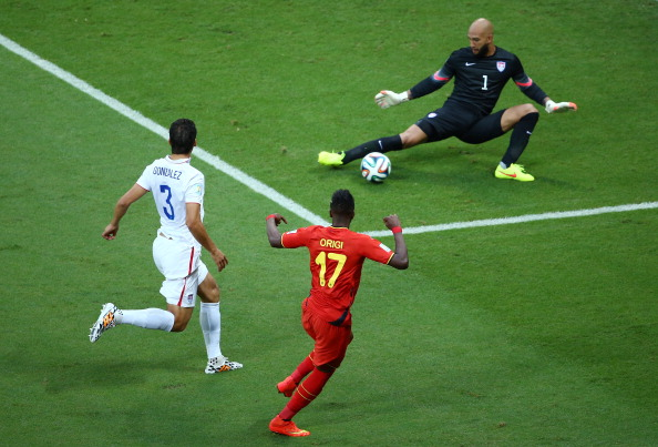 Tim Howard blocks a shot during 2014 World Cup